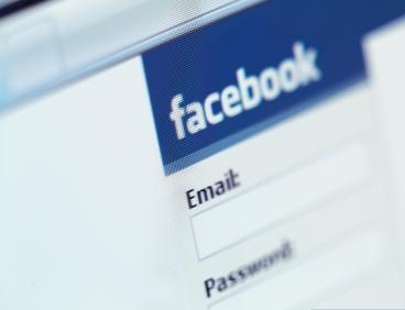 facebook senha usuários